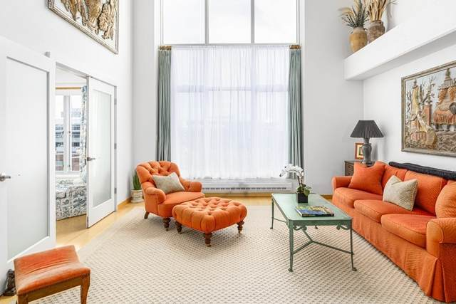 25 Channel Center Street #410, Boston, MA 02210 (MLS #72760308) :: The Gillach Group