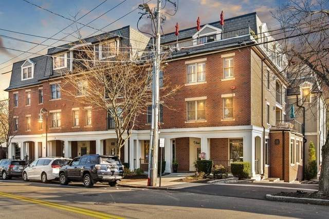 36 Central Ave #6, Milton, MA 02186 (MLS #72760634) :: Dot Collection at Access