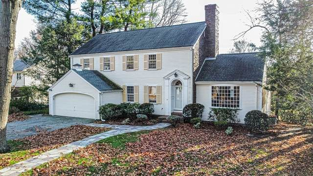 17 Hollywood Road, Winchester, MA 01890 (MLS #72760799) :: Cosmopolitan Real Estate Inc.