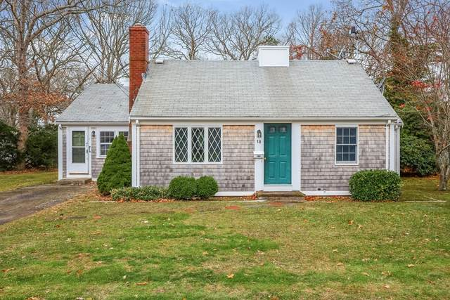 18 Holland St, Falmouth, MA 02540 (MLS #72760960) :: Cheri Amour Real Estate Group