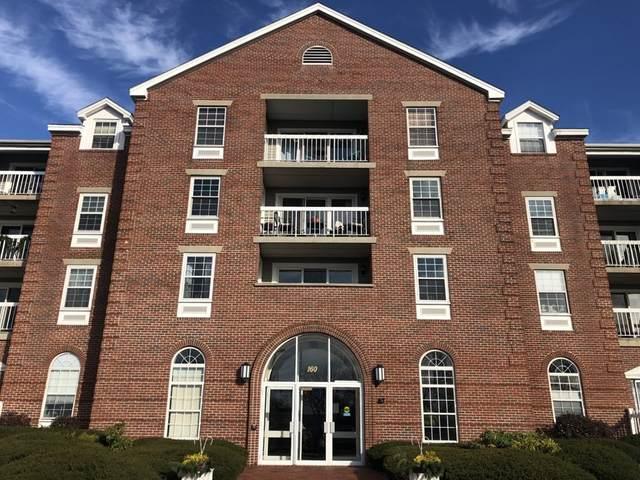 160 Commandants Way #305, Chelsea, MA 02150 (MLS #72763851) :: Welchman Real Estate Group
