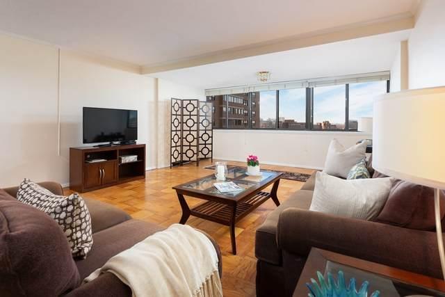 6 Whittier Place 11R, Boston, MA 02114 (MLS #72766152) :: Welchman Real Estate Group