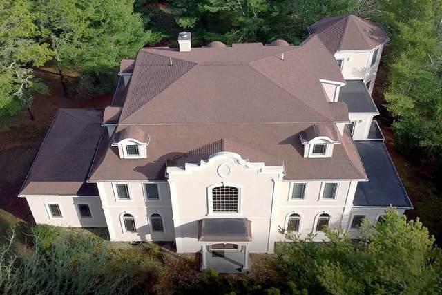 10 Starboard Ln, Barnstable, MA 02655 (MLS #72771369) :: Cosmopolitan Real Estate Inc.