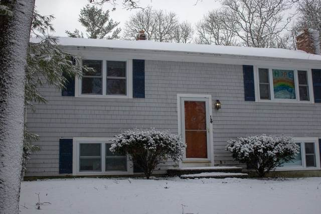 14 Howard Ave, Bourne, MA 02532 (MLS #72772829) :: Alex Parmenidez Group