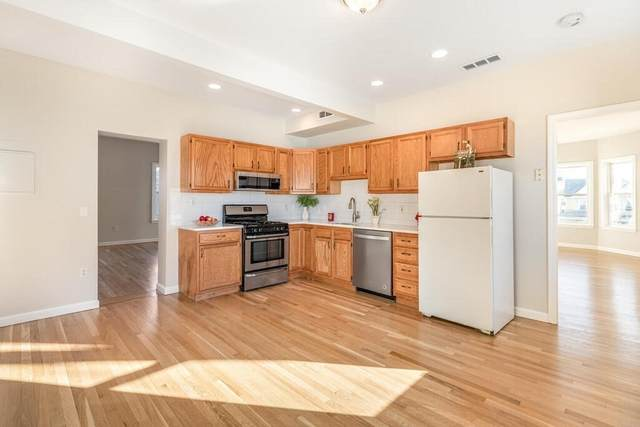 15 Adams Street #4, Watertown, MA 02472 (MLS #72773548) :: Conway Cityside