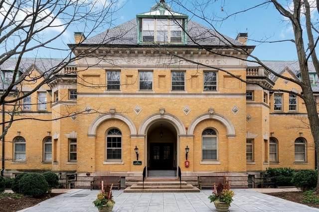 60 Glen Rd #302, Brookline, MA 02445 (MLS #72774081) :: Cosmopolitan Real Estate Inc.
