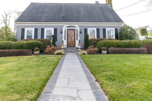 1329 Rockdale Ave, New Bedford, MA 02740 (MLS #72774927) :: Exit Realty