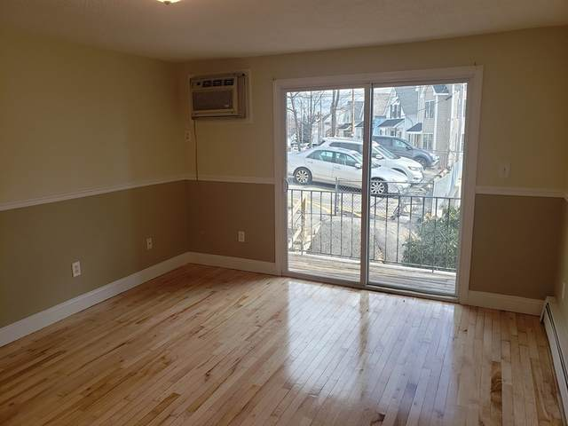 220 Smith St #7, Lowell, MA 01851 (MLS #72775154) :: Parrott Realty Group