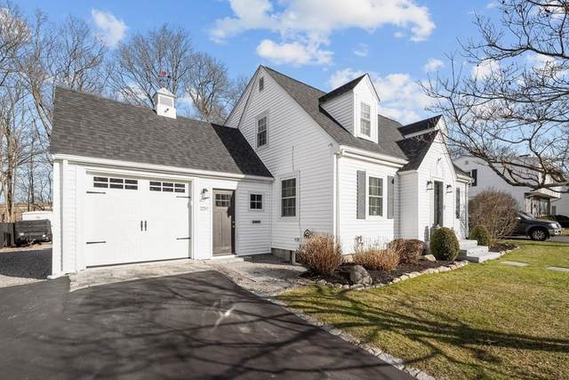 259 Vernon St., Norwood, MA 02062 (MLS #72776615) :: Welchman Real Estate Group