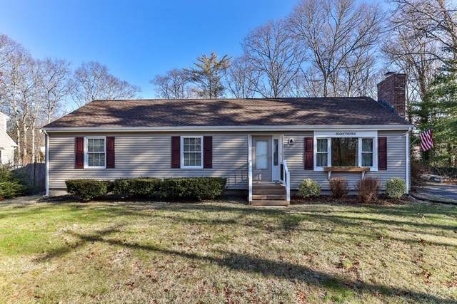 8 Chapaquoit Way, Sandwich, MA 02537 (MLS #72776939) :: Alex Parmenidez Group