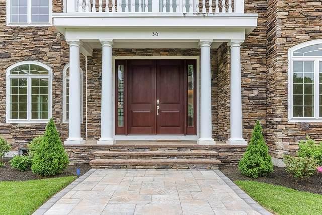 30 Hedgerow Lane, Westwood, MA 02090 (MLS #72777396) :: Welchman Real Estate Group