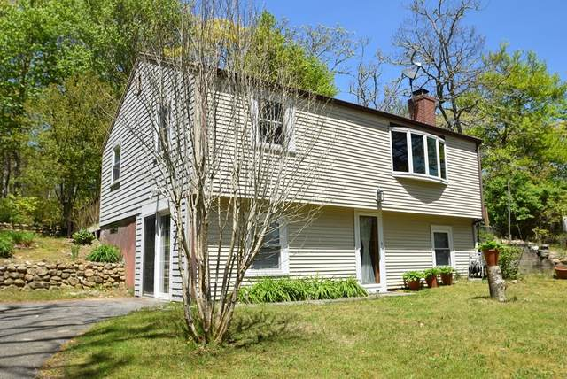 25 Aunt Molls Ridge Rd, Brewster, MA 02631 (MLS #72777419) :: Alex Parmenidez Group