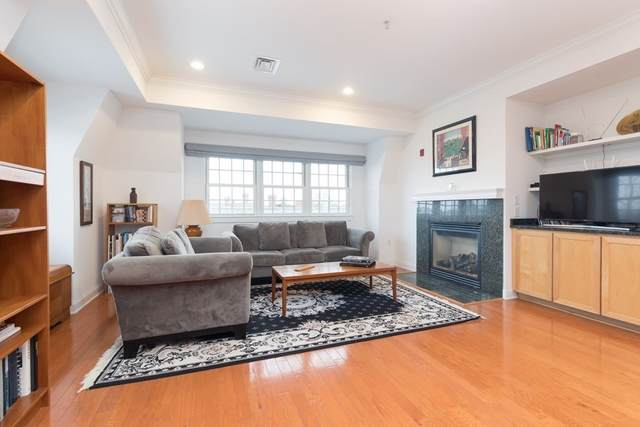 1 Russell #401, Cambridge, MA 02140 (MLS #72778179) :: Walker Residential Team