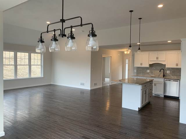 17 Country Club Ln. #17, Lakeville, MA 02347 (MLS #72778881) :: Welchman Real Estate Group