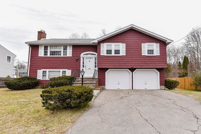 446 Greenlodge St, Dedham, MA 02026 (MLS #72779595) :: DNA Realty Group