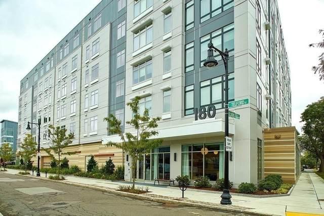 180 Telford St #519, Boston, MA 02135 (MLS #72783222) :: The Gillach Group