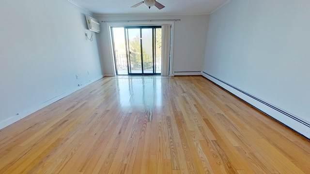 34 Hamilton Street #504, Arlington, MA 02474 (MLS #72785196) :: Conway Cityside