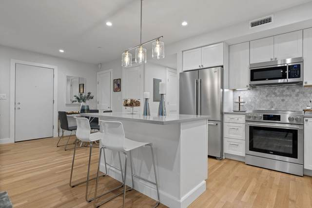 52 Fisher #301, Boston, MA 02120 (MLS #72786426) :: The Gillach Group