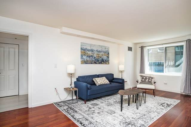 10 Museum Way #321, Cambridge, MA 02141 (MLS #72786559) :: The Duffy Home Selling Team