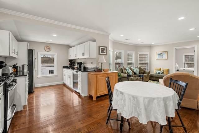 30 East Chestnut St, Sharon, MA 02067 (MLS #72787058) :: Westcott Properties