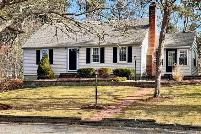 340 Crowell Rd., Chatham, MA 02650 (MLS #72787572) :: The Duffy Home Selling Team