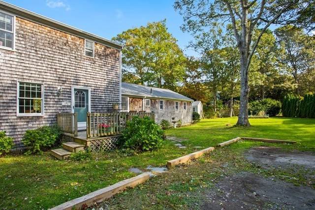 142 Willow Run Drive, Barnstable, MA 02632 (MLS #72788048) :: Cape Cod and Islands Beach Properties