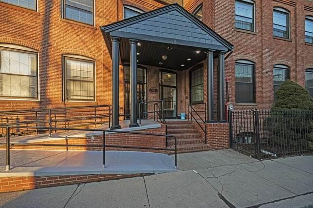 10 Weston Ave #325, Quincy, MA 02170 (MLS #72790279) :: Westcott Properties
