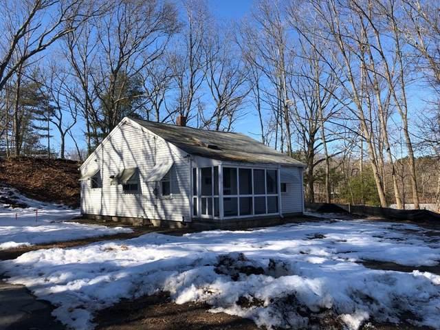 17 Pinehurst St, Blackstone, MA 01504 (MLS #72790599) :: Westcott Properties