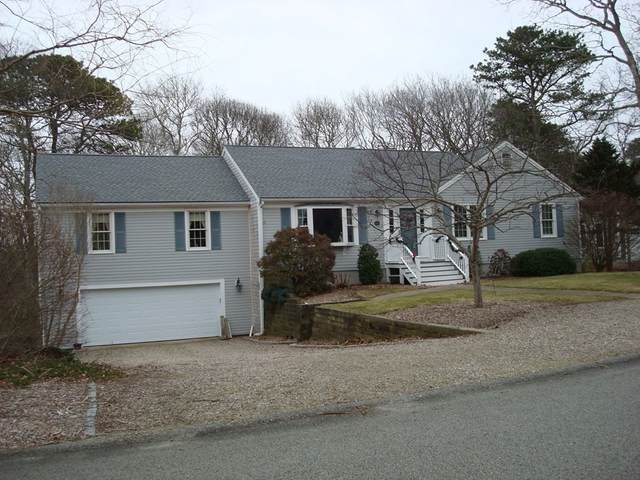 60 Spyglass Hill Rd, Barnstable, MA 02675 (MLS #72791896) :: Kinlin Grover Real Estate