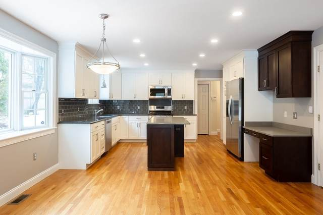 70 High Ledge Ave, Wellesley, MA 02482 (MLS #72792057) :: EXIT Cape Realty
