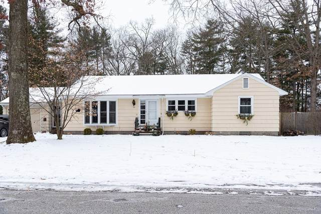 32 Woodlawn Ave, Chelmsford, MA 01824 (MLS #72792099) :: Conway Cityside