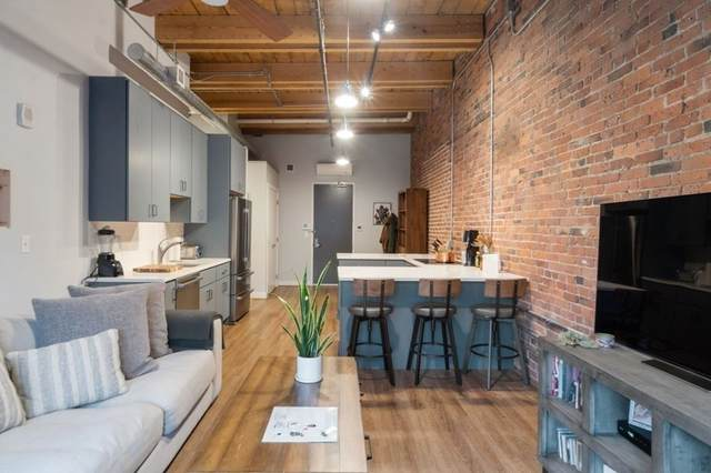 63 Melcher St #501, Boston, MA 02210 (MLS #72792889) :: Conway Cityside