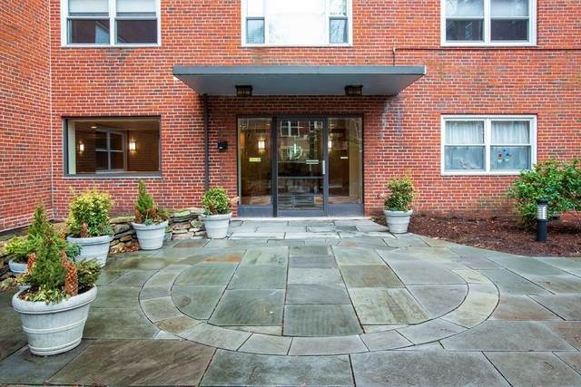 131 Sewall Ave #31, Brookline, MA 02446 (MLS #72793134) :: The Gillach Group