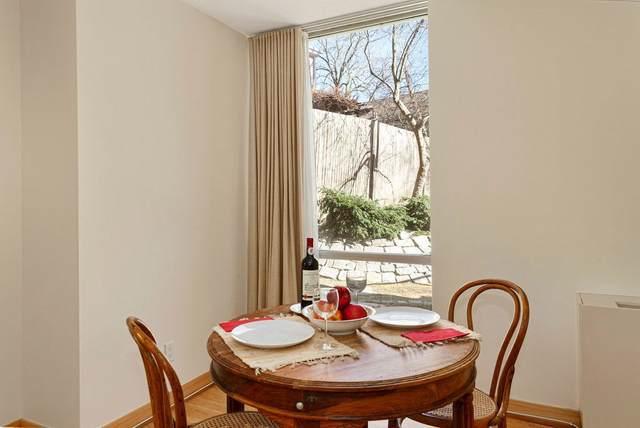 22 Bradbury Street A, Cambridge, MA 02138 (MLS #72793783) :: The Duffy Home Selling Team