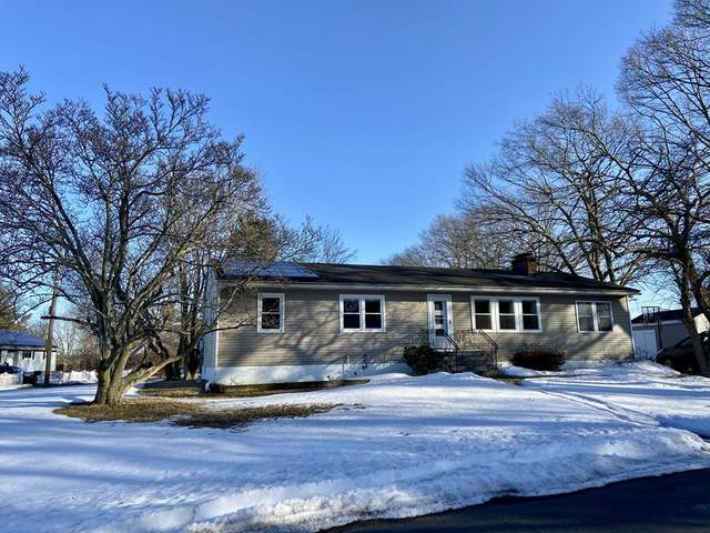 39 Fairview Ave, Methuen, MA 01844 (MLS #72793841) :: Conway Cityside