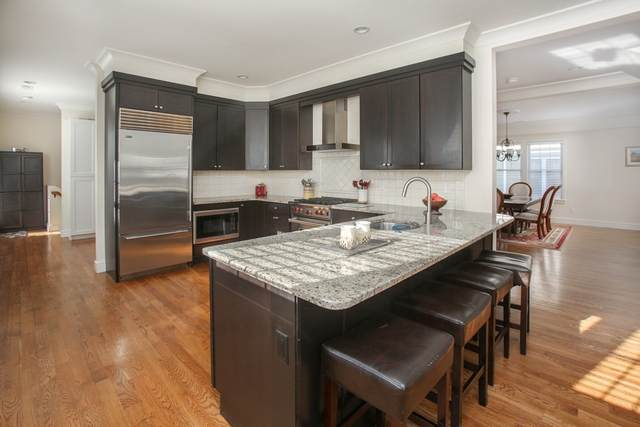 96 Beals St #2, Brookline, MA 02446 (MLS #72794392) :: The Gillach Group