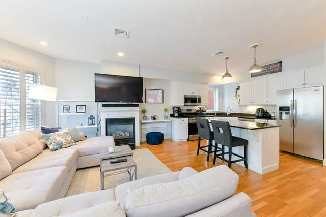 313 K St #2, Boston, MA 02127 (MLS #72794634) :: Dot Collection at Access