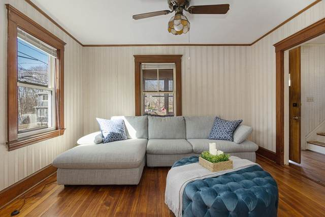 26 Linden St, Newton, MA 02464 (MLS #72805698) :: Conway Cityside
