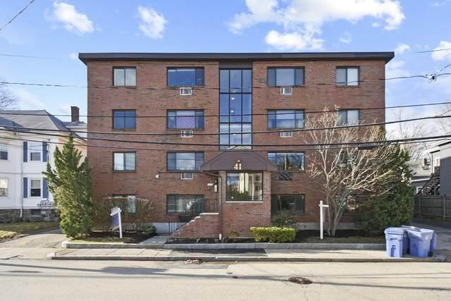41 Walnut Unit 41, Waltham, MA 02453 (MLS #72806844) :: Westcott Properties
