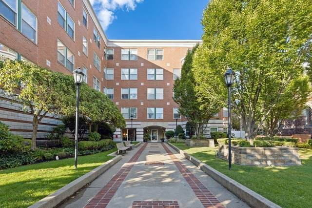 25 Marion St #25, Brookline, MA 02446 (MLS #72809420) :: The Gillach Group