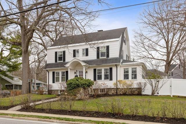 80 Greenwood Street, Wakefield, MA 01880 (MLS #72809900) :: Welchman Real Estate Group
