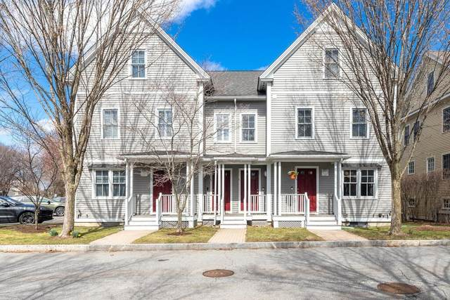 29 Russell Place #29, Arlington, MA 02474 (MLS #72810136) :: DNA Realty Group