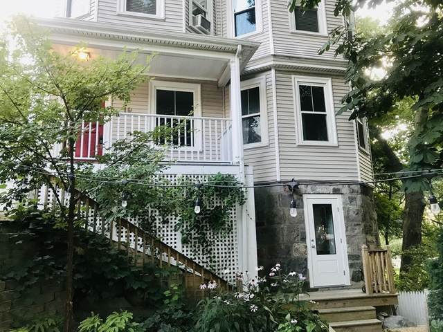 19 Eliot Cres #1, Brookline, MA 02467 (MLS #72810488) :: Conway Cityside