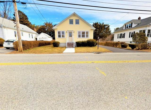 520 Middle Highway, Barrington, RI 02806 (MLS #72810567) :: Welchman Real Estate Group