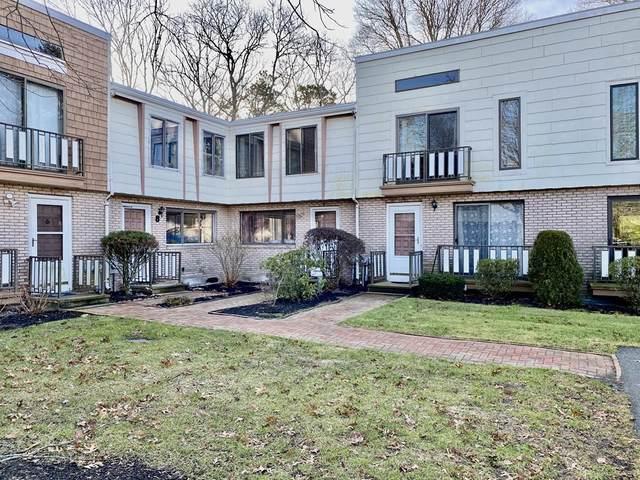 329 W Main St Apt 9, Barnstable, MA 02601 (MLS #72811239) :: Westcott Properties