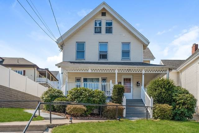 111 Walnut St, Malden, MA 02148 (MLS #72812657) :: Westcott Properties