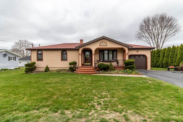 128 Arbor Terrace, Tiverton, RI 02878 (MLS #72813692) :: Welchman Real Estate Group