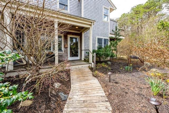 18 Blueberry Path #18, Yarmouth, MA 02675 (MLS #72814075) :: Welchman Real Estate Group