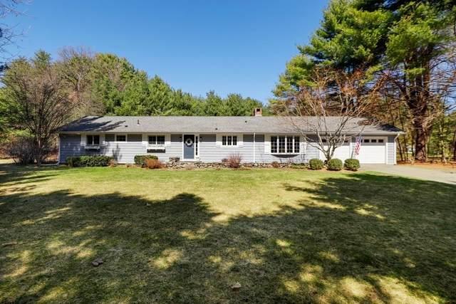 136 Moore Rd, Sudbury, MA 01776 (MLS #72814176) :: Welchman Real Estate Group