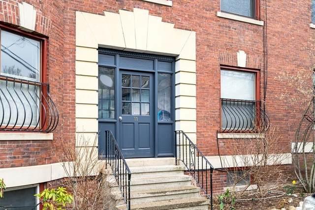 11 Netherlands Rd #2, Brookline, MA 02445 (MLS #72814181) :: Welchman Real Estate Group